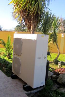 Pompe à chaleur - chauffage et production d'eau chaude - unité extérieure